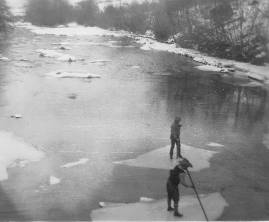 1929 Jan 29 Ice Flow