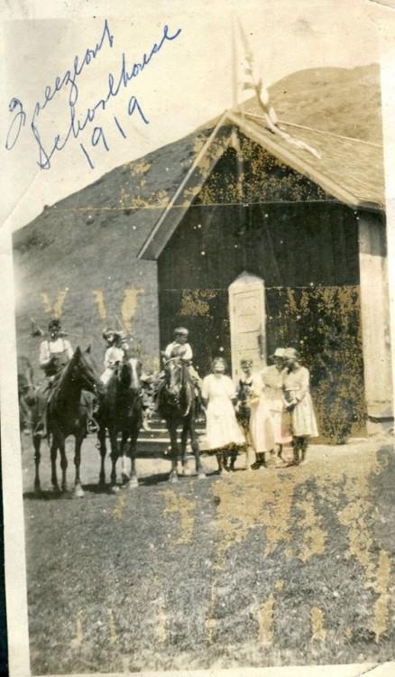 Freezeout School circa 1919